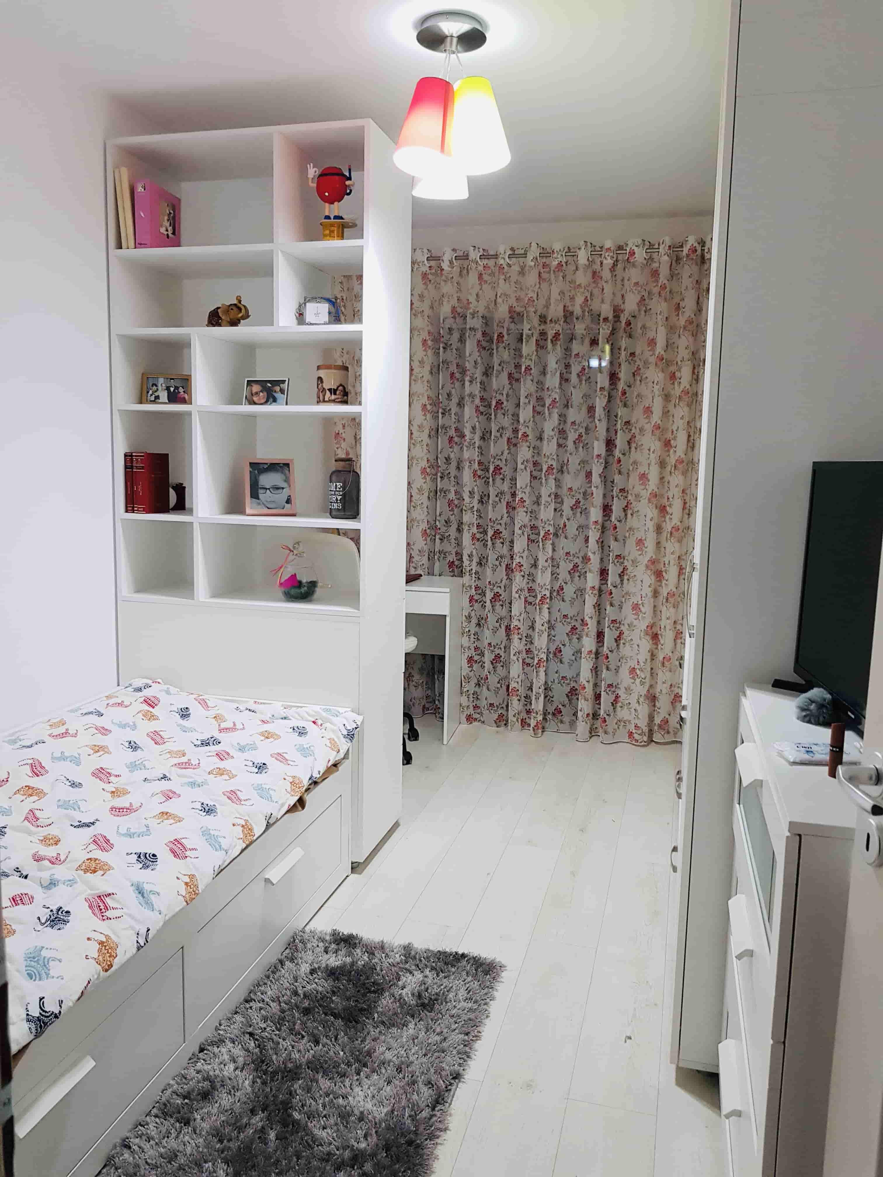 camera fetita