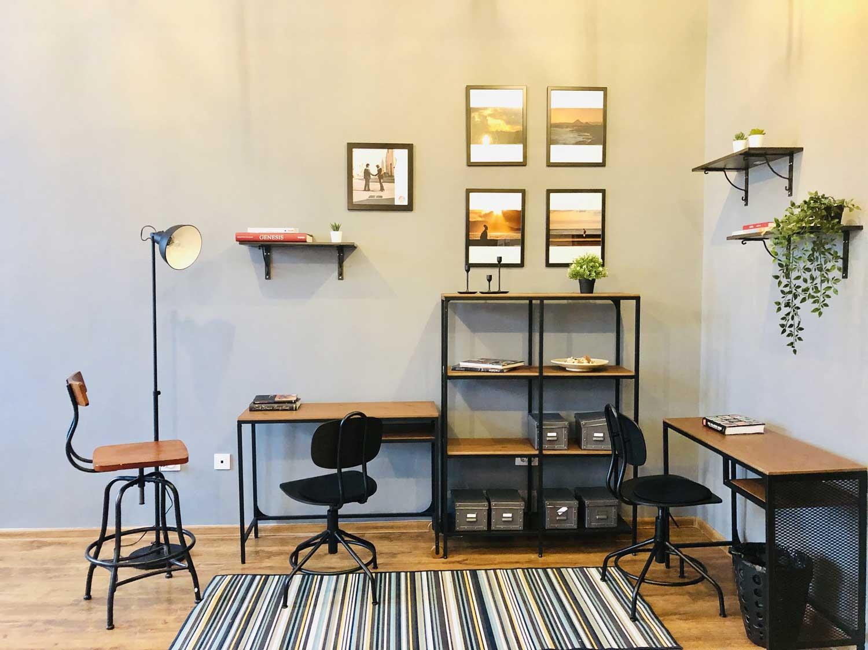 birou studio foto